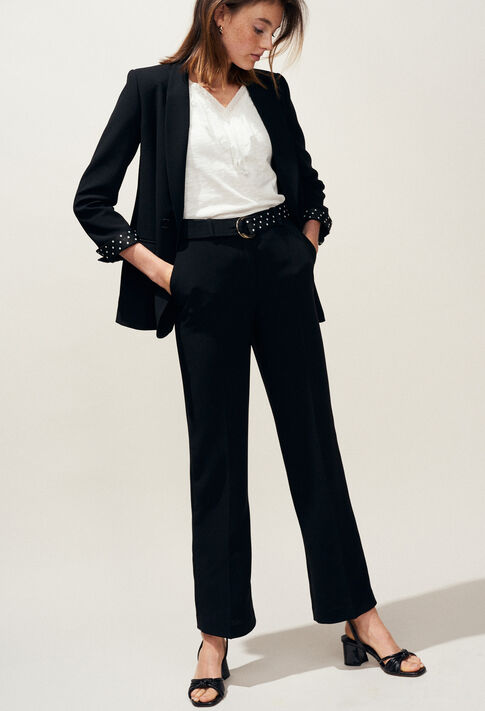 VOILE : Must-have color Black