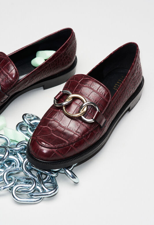 ACCORDCROCOH19 : Chaussures couleur CARMIN