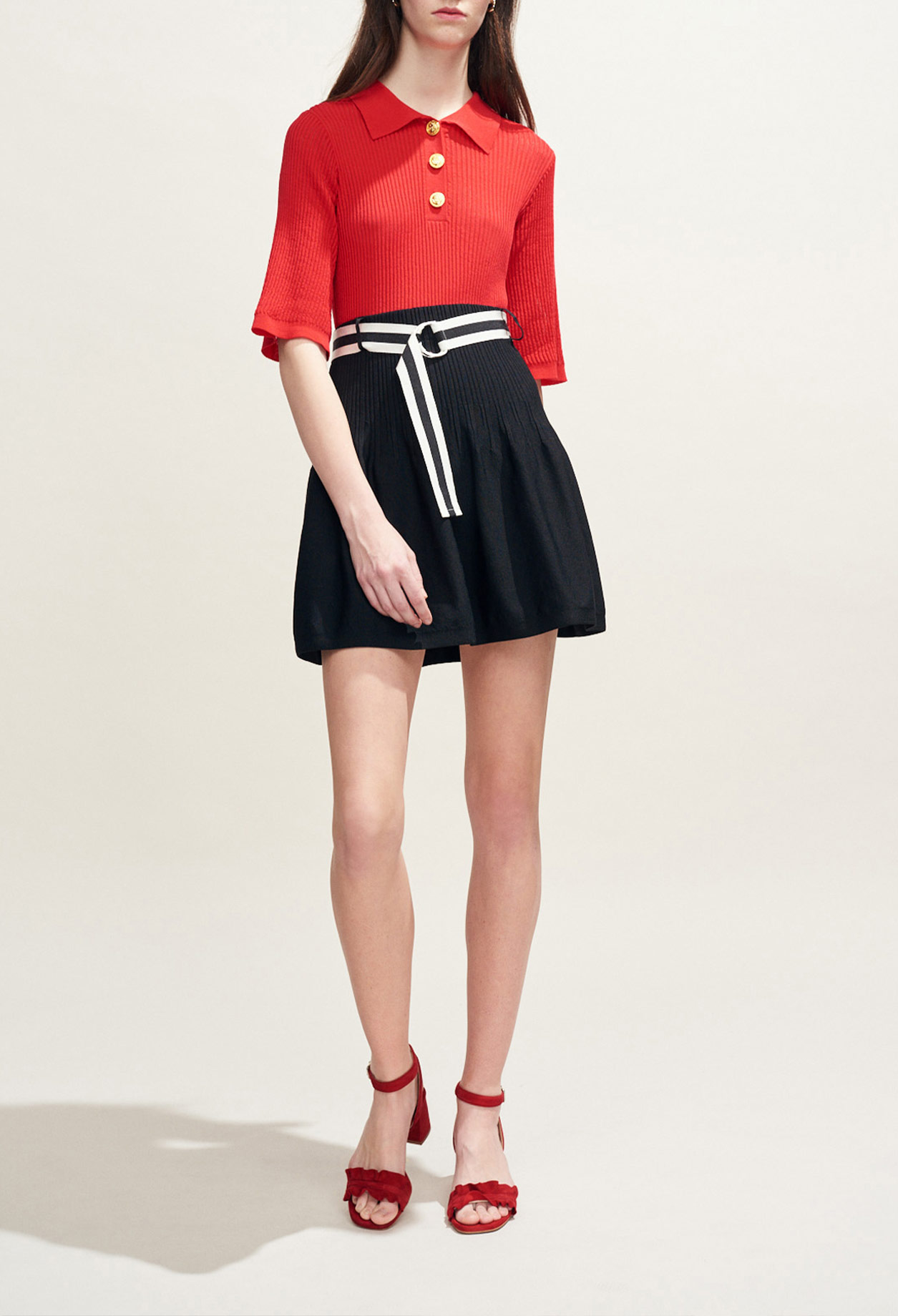 Belted knit skirt
